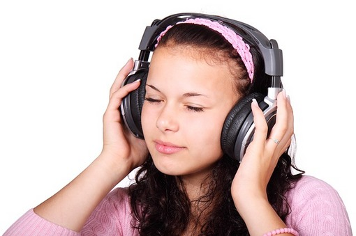 listenmusic01.jpg